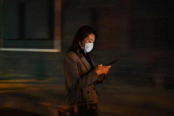 Các nhà mạng Trung Quốc sụt giảm hơn 21 triệu thuê bao, tại sao vậy?