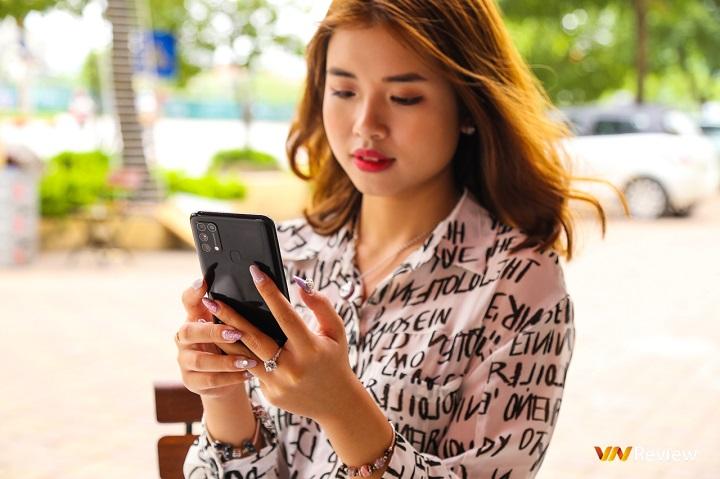 Đánh giá Samsung Galaxy M31: smartphone pin trâu số 1 giờ có camera không hề kém cạnh