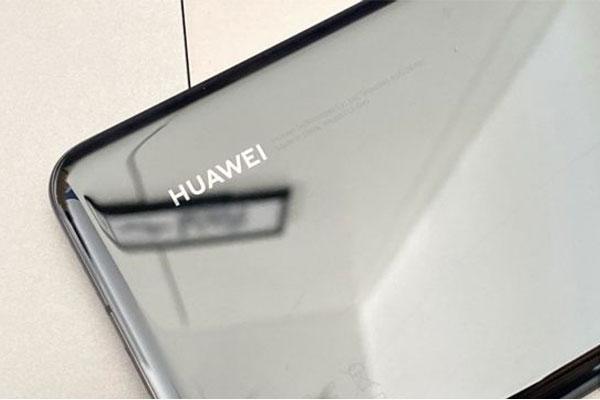 Huawei ra mắt trợ lý ảo cạnh tranh với Siri