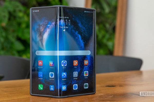 Nhà sáng lập Huawei: 2 năm nữa smartphone gập mới rẻ như smartphone bình thường