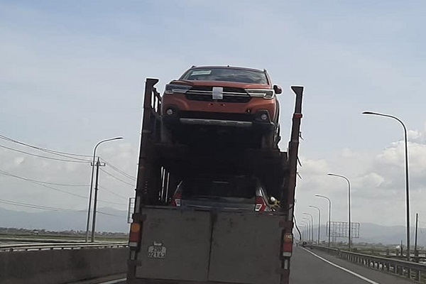 Suzuki XL7 về Việt Nam số lượng lớn