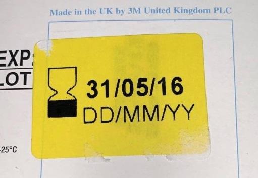 Nhân viên y tế ở Anh bức xúc vì được cấp khẩu trang 3M quá đát từ năm 2012