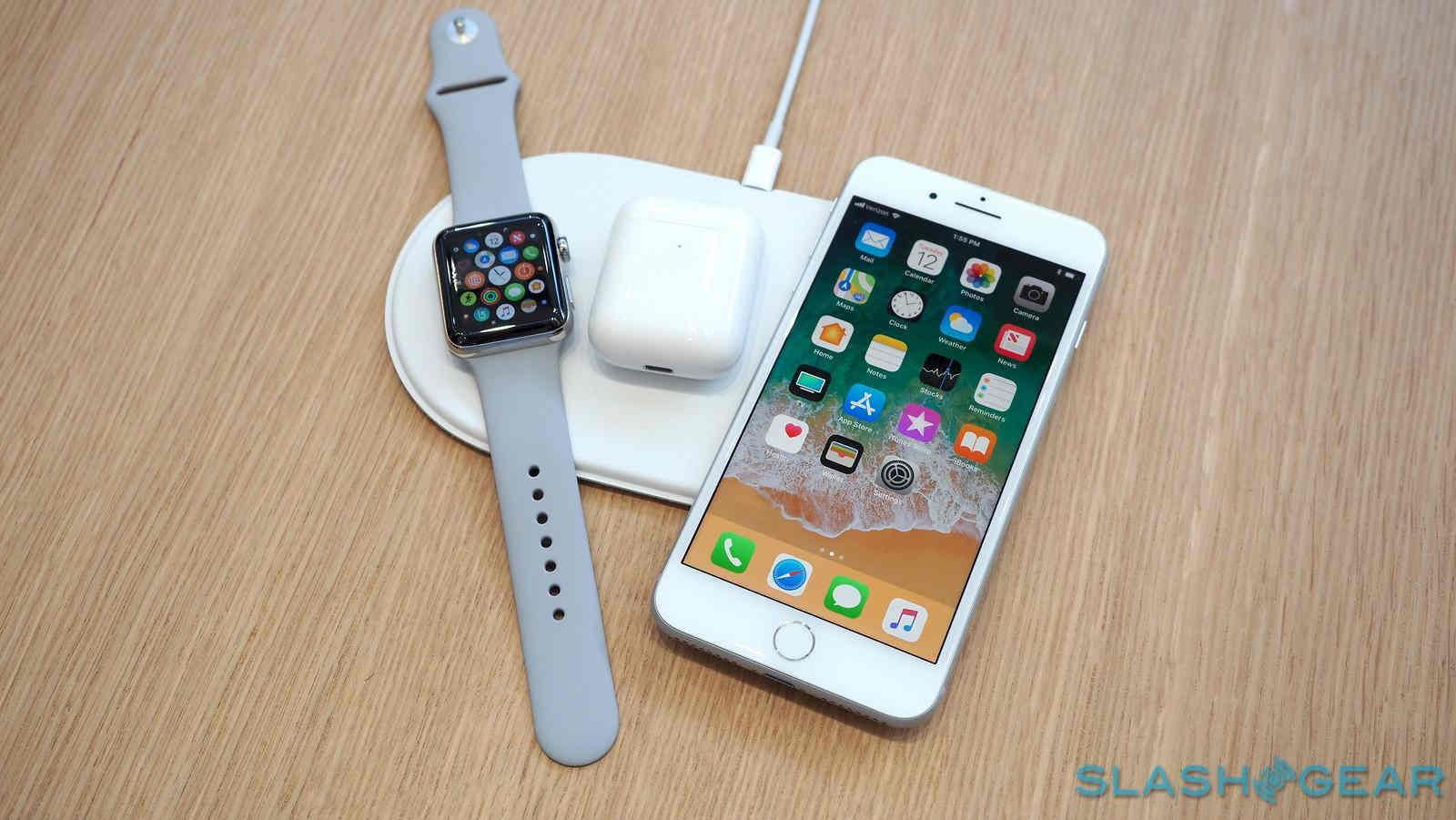 Apple dẫn đầu thị trường điện thoại có sạc không dây, Samsung kém xa vì flagship bán chậm