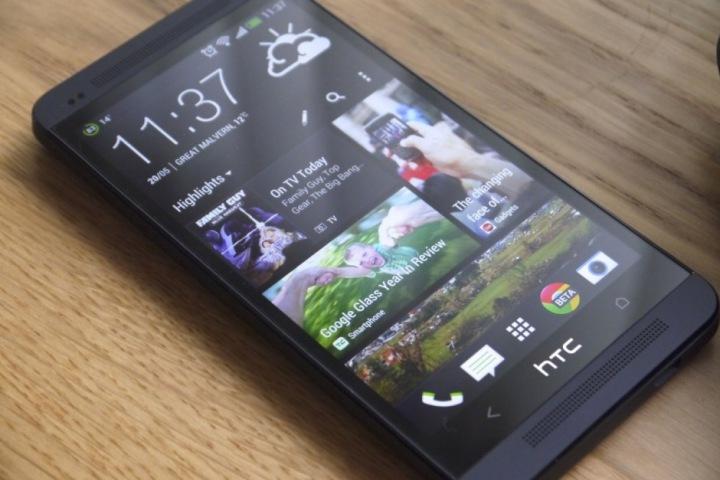 """HTC One từng là kẻ nổi loạn sở hữu camera """"độc"""", loa """"khủng"""", vậy mà!!!"""