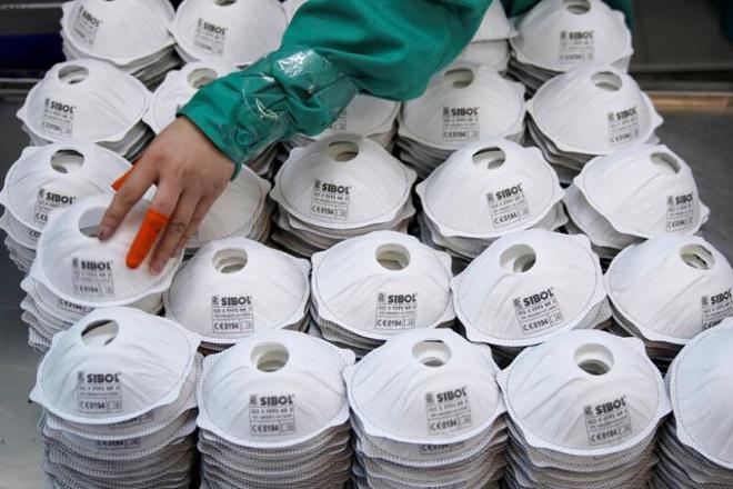 Trung Quốc bán gần 4 tỷ khẩu trang trong tháng 3, thu 1.4 tỷ USD, bị chê về chất lượng