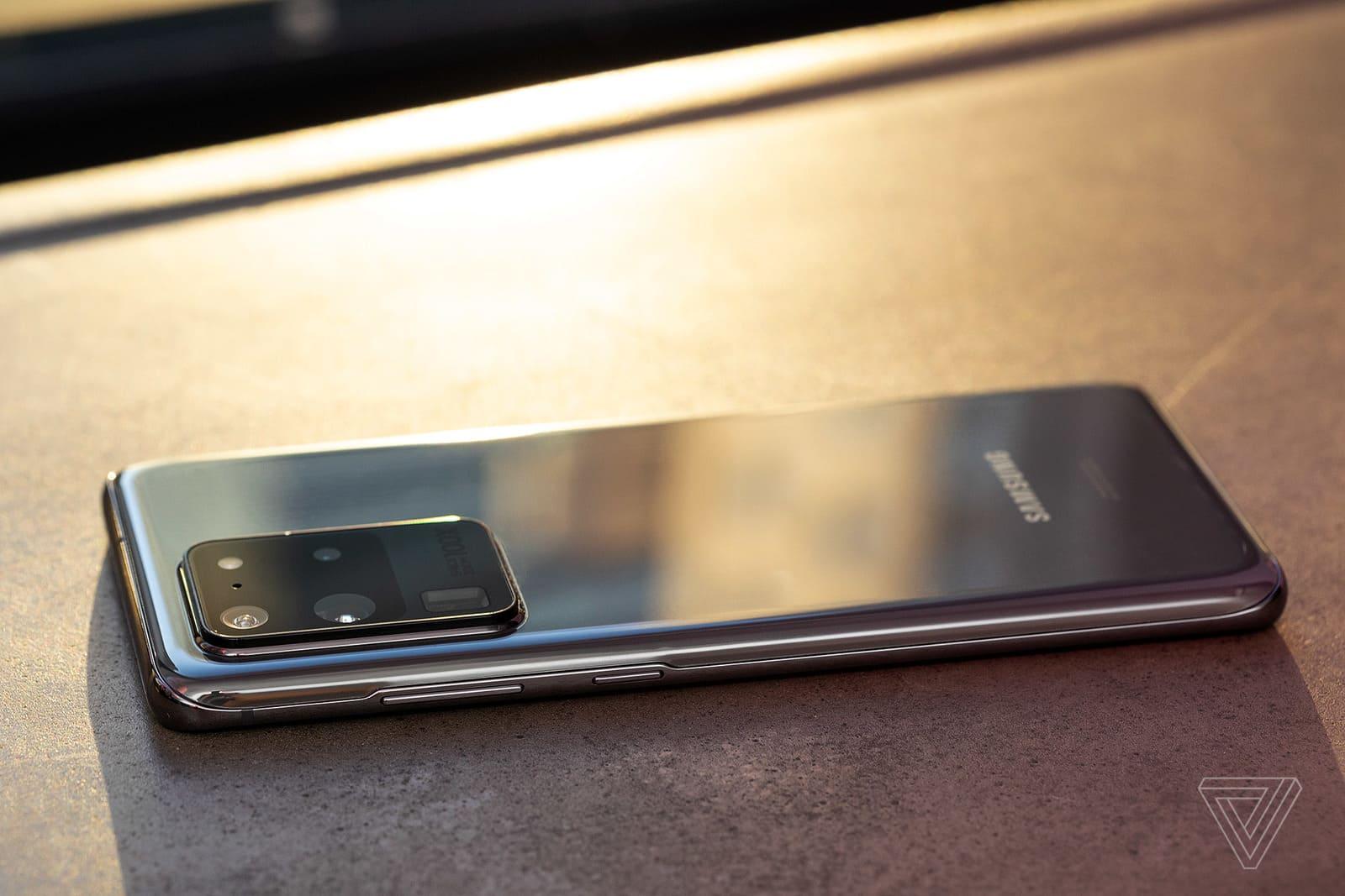 Lợi nhuận của Samsung tăng nhẹ giữa mùa dịch Covid-19