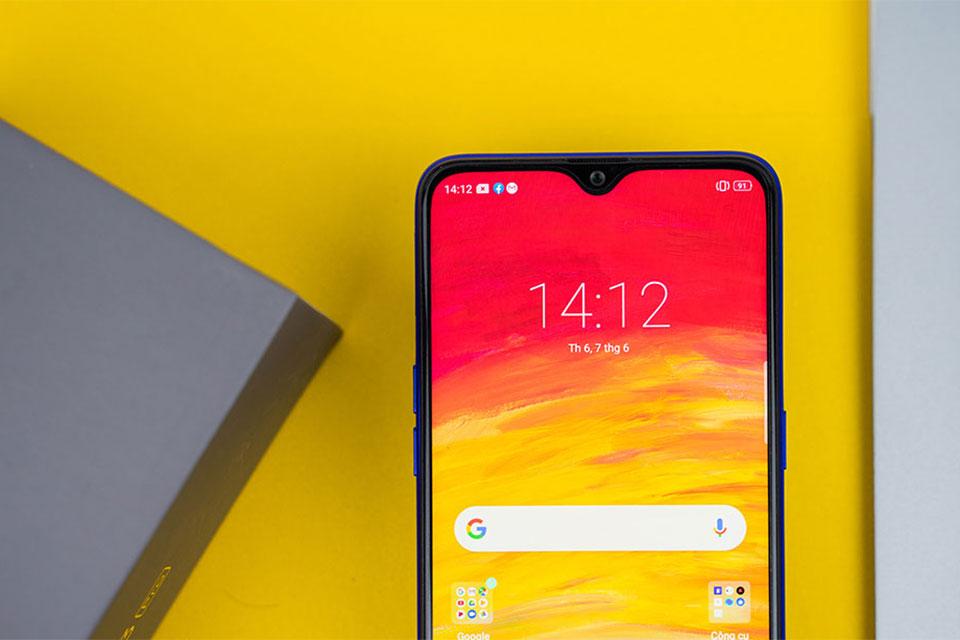3 smartphone tầm trung đời 2019 giờ giảm còn nửa giá, trở nên đáng mua