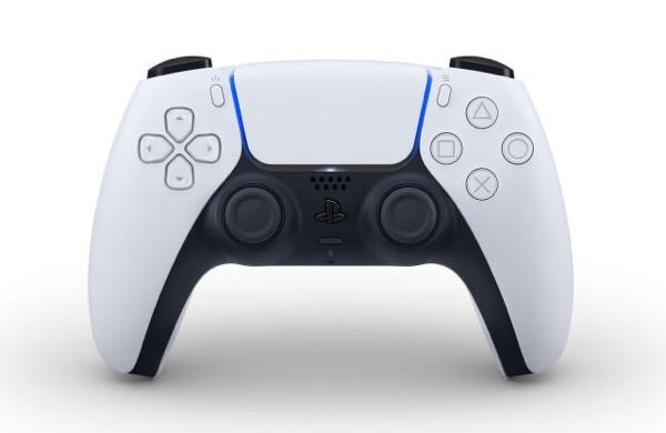 Tay cầm DualSense của PS5 chính thức lộ diện
