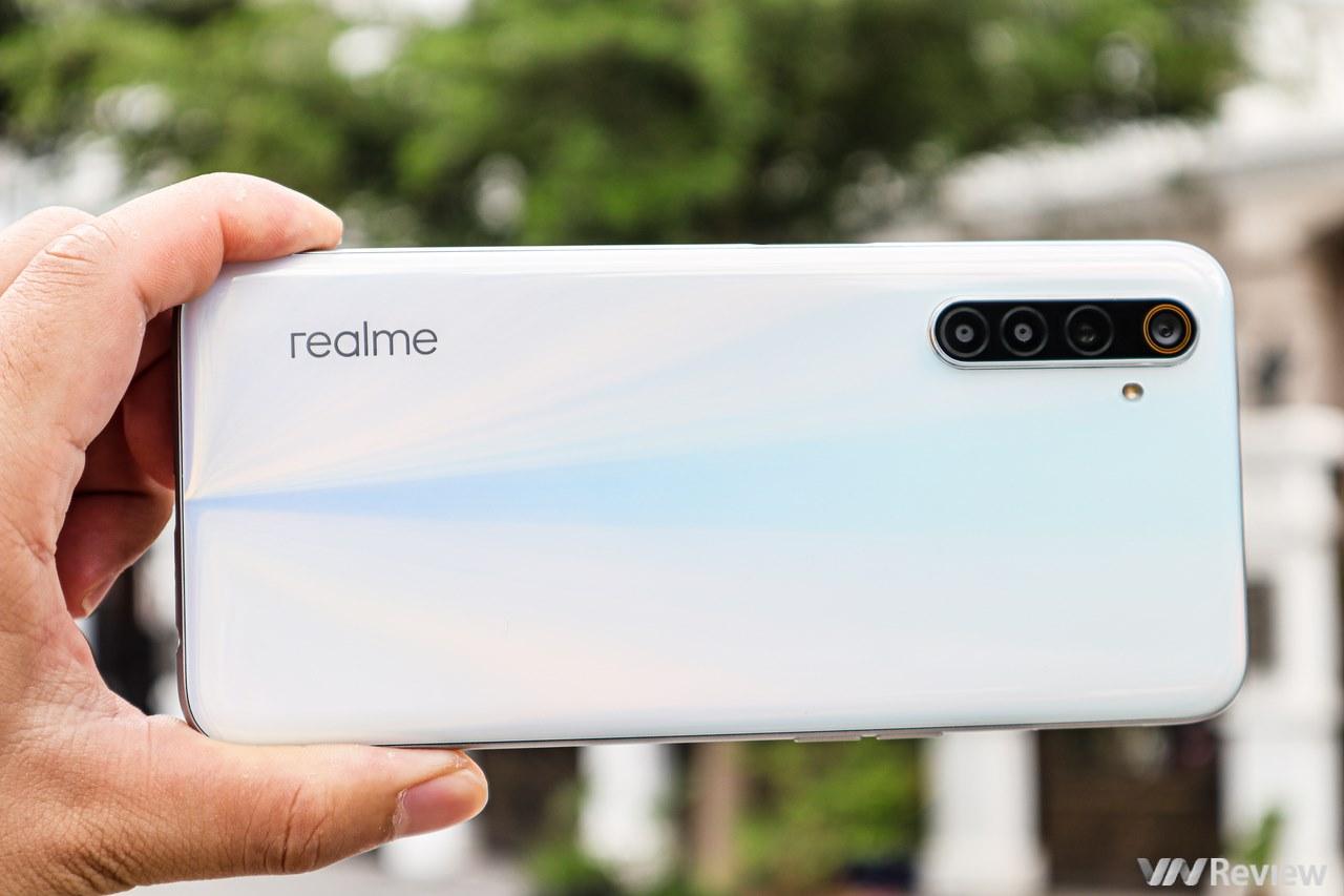 """Đánh giá hiệu năng Realme 6: đã khắc phục được bệnh """"nóng trong người"""" của Helio G90T"""