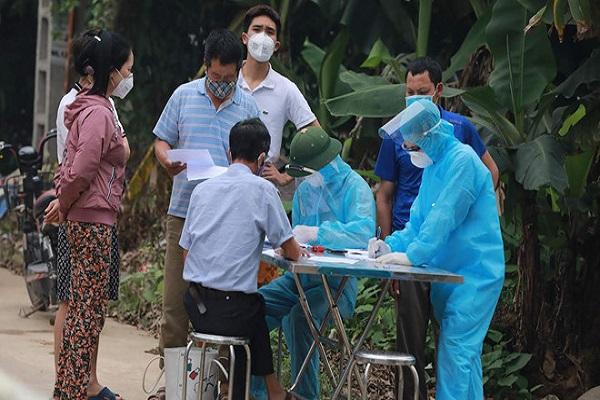 Hà Nội phát hiện 2 ca mắc Covid-19, 2 ca dương tính lần 1 tại thôn Hạ Lôi