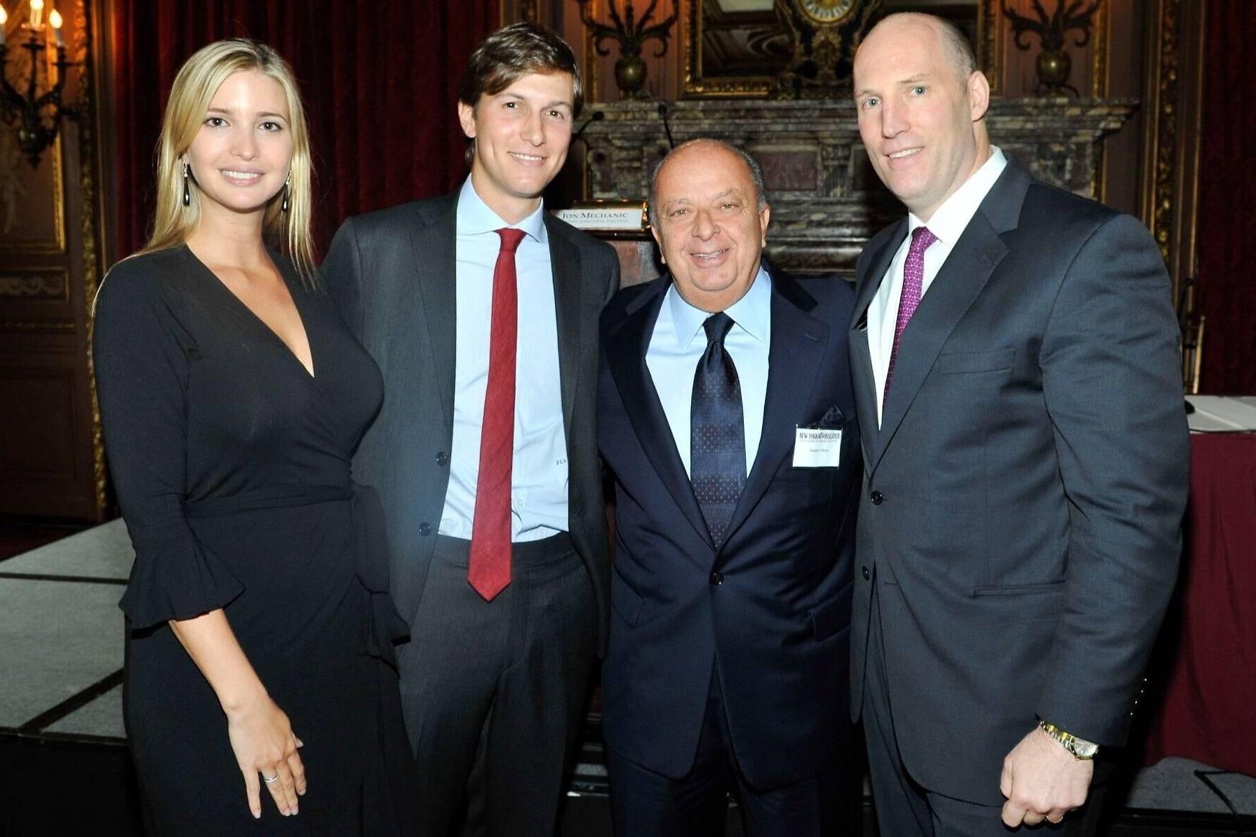Bạn của Tổng thống Donald Trump, 'ông trùm' bất động sản New York chết vì Covid-19