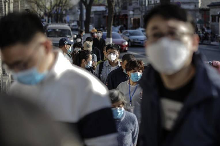 Trung Quốc: Số người nhiễm Covid-19 tăng đột biến, biên giới với Nga thành 'chiến trường' mới