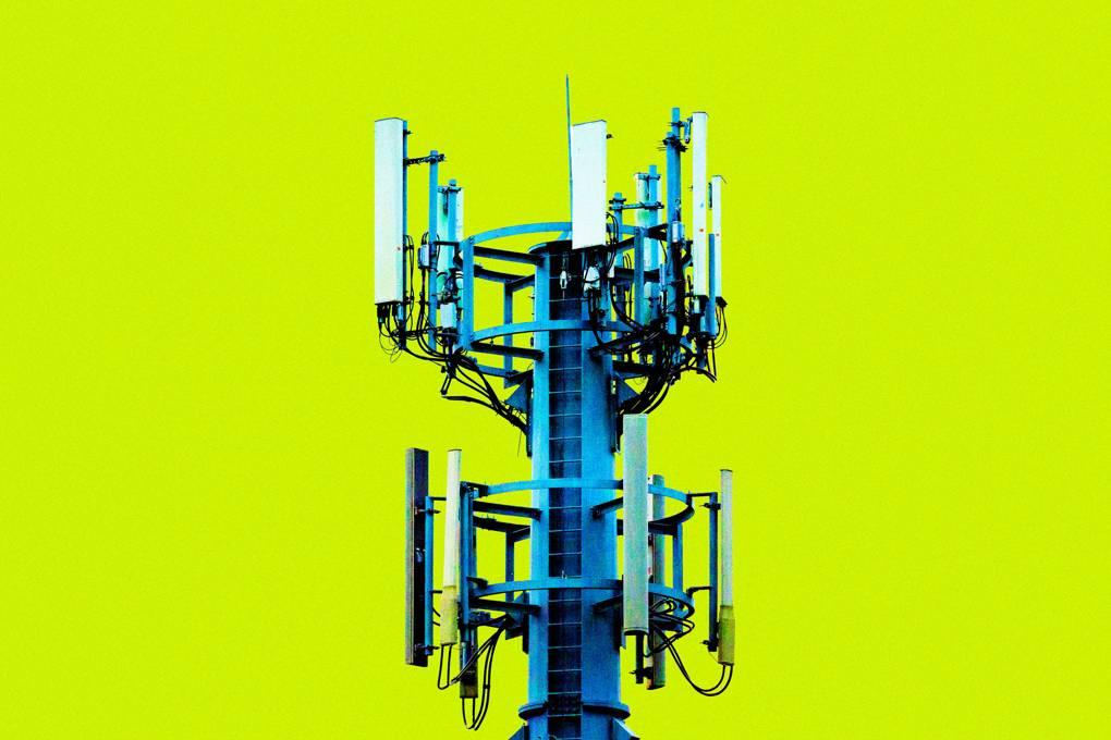 """Thuyết âm mưu """"mạng 5G tạo ra virus corona"""" đã lan truyền khắp Internet như thế nào?"""