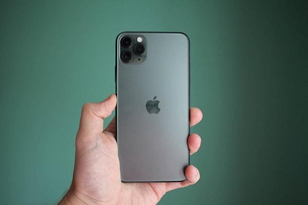 Trung Quốc khôi phục sản xuất các lô hàng iPhone