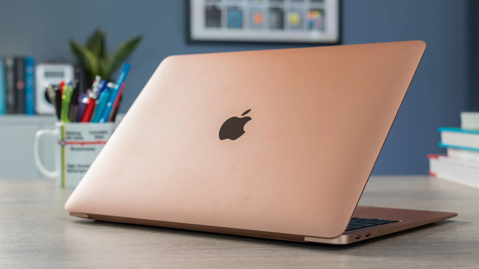 Đánh giá Apple MacBook Air 2020: chiếc Macbook tốt nhất cho số đông người  dùng - VnReview - Đánh giá