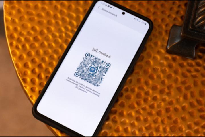 Cách chia sẻ mật khẩu Wi-Fi từ Android cho mọi smartphone khác