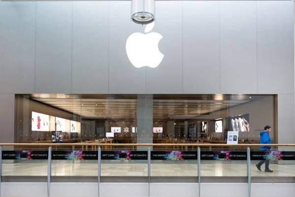CEO Tim Cook thừa nhận Apple có thể phải cắt giảm nhân viên do ảnh hưởng từ COVID-19