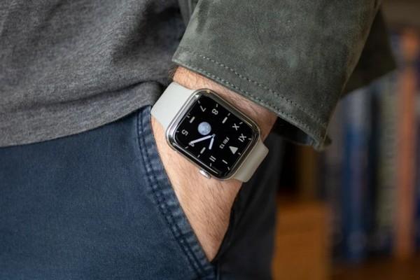 Đáng buồn với fan Apple Watch: thời lượng pin vẫn lẹt đẹt nhất thị trường