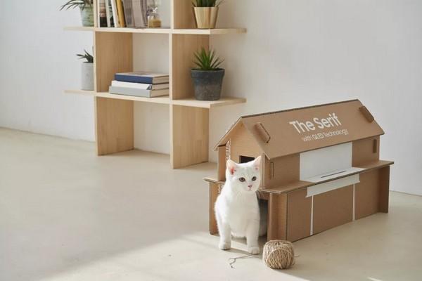 Hộp carton TV Samsung kiểu mới, có thể biến thành kệ sách, nhà cho mèo