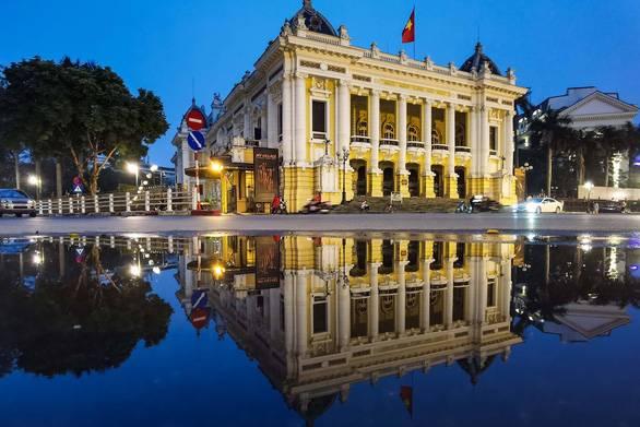 Hà Nội, TP.HCM cùng 'xuống' nhóm nguy cơ, từ 23-4 được mở cửa hàng kinh doanh