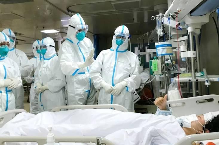 Bác sĩ điều trị bệnh nhân Covid-19 đều phải mặc bỉm khi làm việc