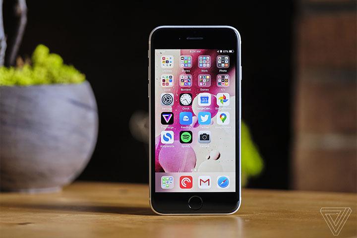 Khảo sát: Nếu iPhone SE 2020 chính hãng giá khởi điểm 12 triệu đồng bạn có mua không?
