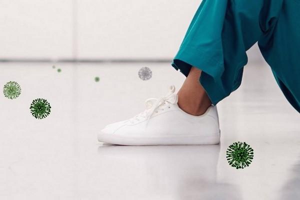 Nghiên cứu sự lây lan của virus SARS-CoV2 dẫn đến... đế giày