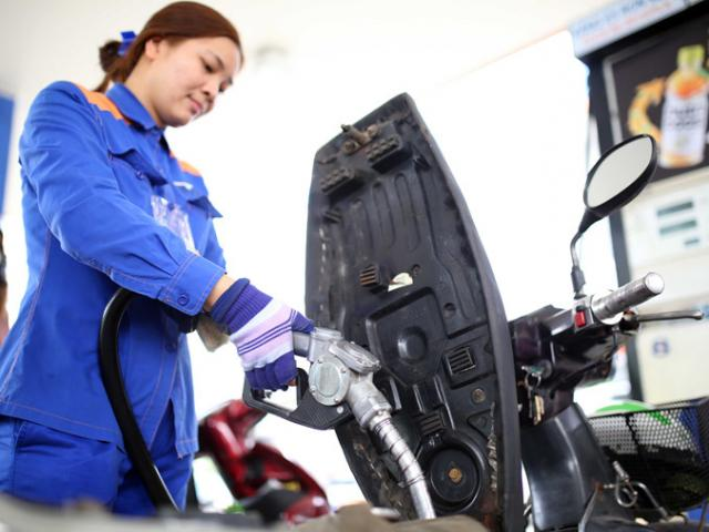 Giá xăng dầu hôm nay 27/4: Giảm sốc về vùng giá âm