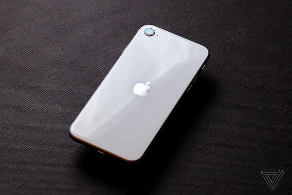 Đây là những linh kiện iPhone SE 2020 và iPhone 8 có thể dùng chung cho nhau