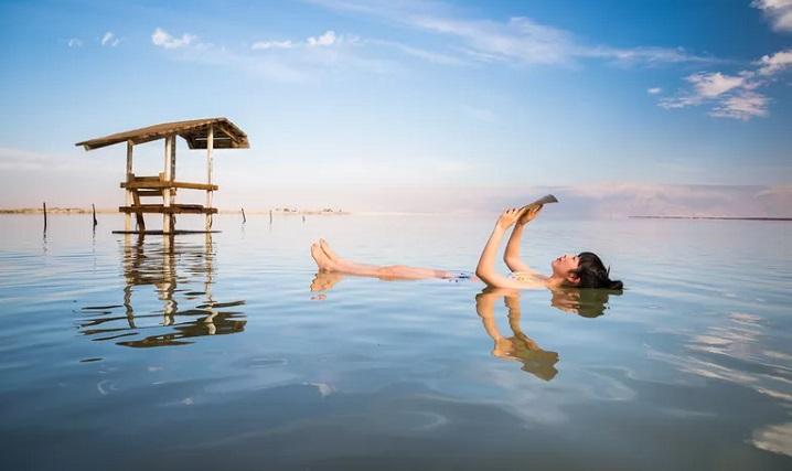 Tại sao Dead Sea là biển chết?