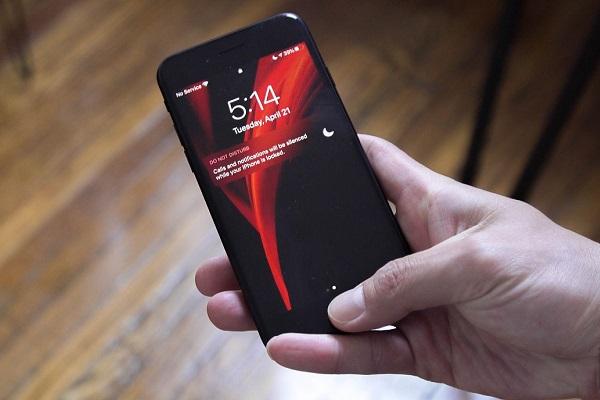 iPhone SE 2020 không thể mở rộng thông báo trong màn hình khóa bằng Haptic Touch