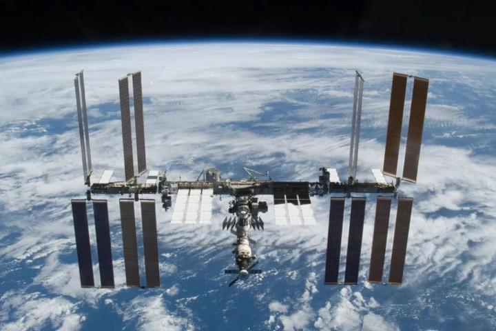 Tom Cruise sẽ quay phim ngoài không gian với sự hỗ trợ của NASA và Elon Musk