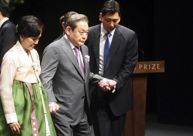 Thái tử Samsung và truyền thống 'cha truyền con nối' của chaebol Hàn