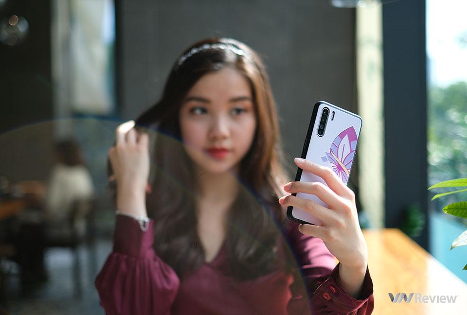 Đánh giá Oppo Reno3: camera selfie che mờ nhiều điểm mạnh khác