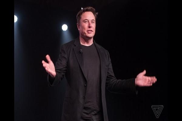 Elon Musk mở cửa nhà máy, thách thức lệnh giãn cách xã hội và tuyên bố nhận trách nhiệm nếu cần