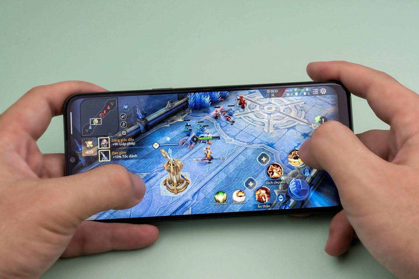 Lựa chọn smartphone chơi game: Hiệu năng thôi là chưa đủ!