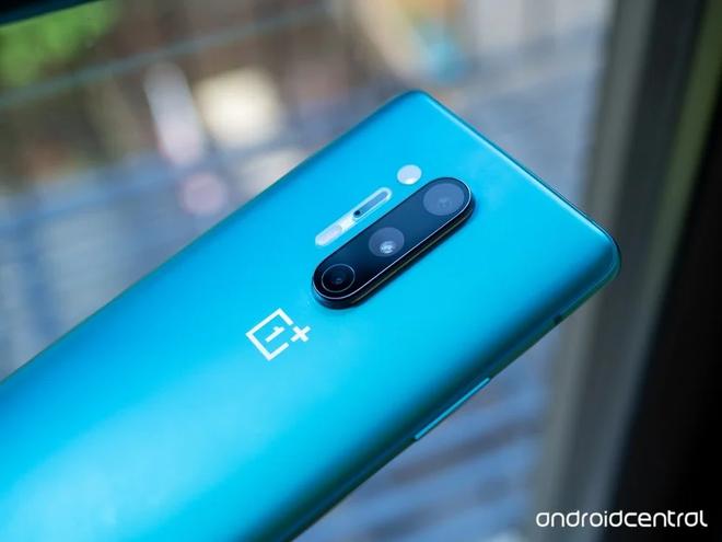 Camera điện thoại chụp xuyên quần áo và đồ vật của OnePlus 8 Pro hoạt động thế nào?