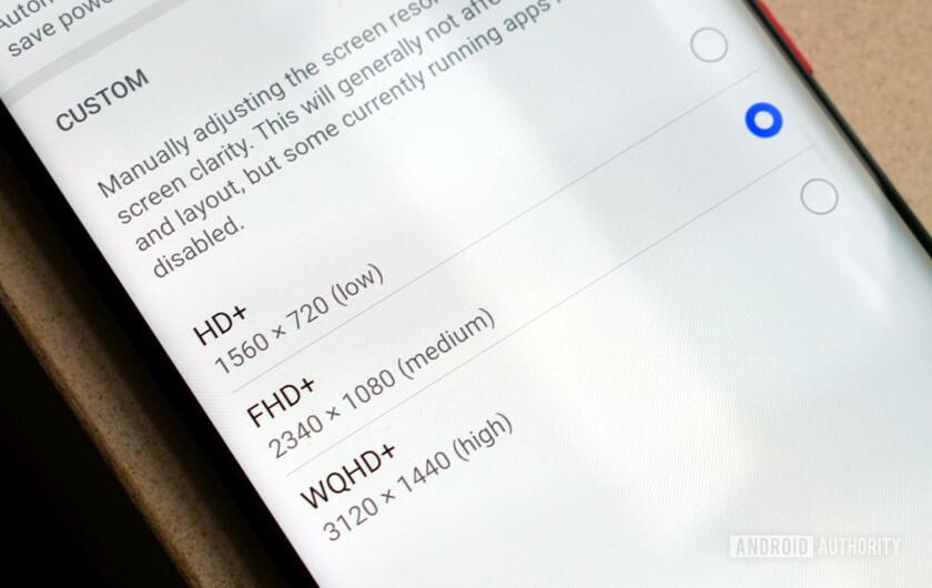 Từ khi nào mà độ phân giải Quad HD+ đã trở thành một tính năng smartphone ẩn?