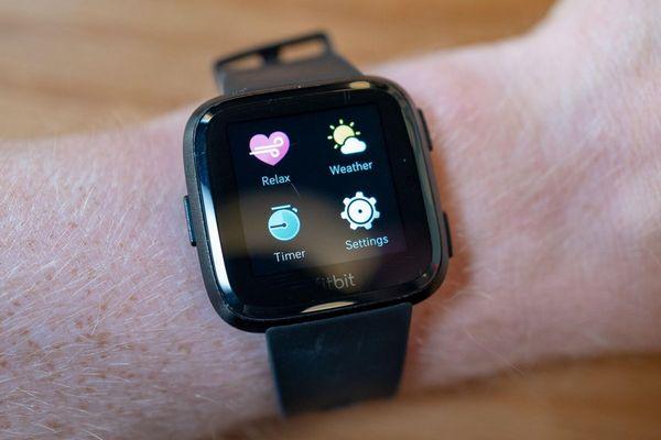 """Smartwatch có thể """"tiên tri"""" bao giờ bạn bị bệnh?"""