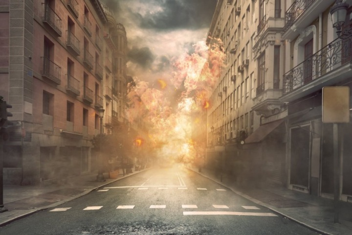 Hollywood làm cảnh cháy nổ như thế nào?