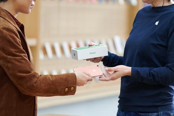 Apple khiến cộng đồng Android trung Quốc phẫn nộ khi định giá Huawei P30 có 28 USD, bằng nửa iPhone 6 cũ