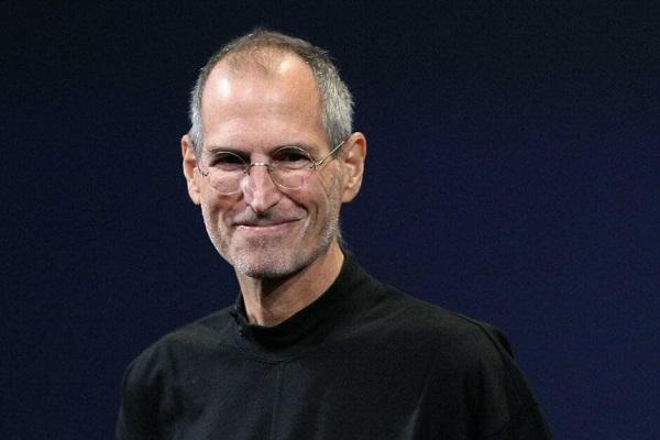 Apple sẽ tung ra phiên bản Apple Glass đặc biệt nhằm tôn vinh Steve Jobs?
