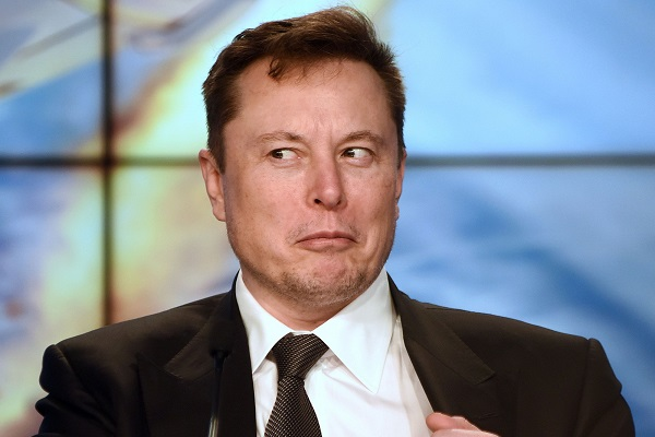 Sự sùng bái Elon Musk đang rạn nứt