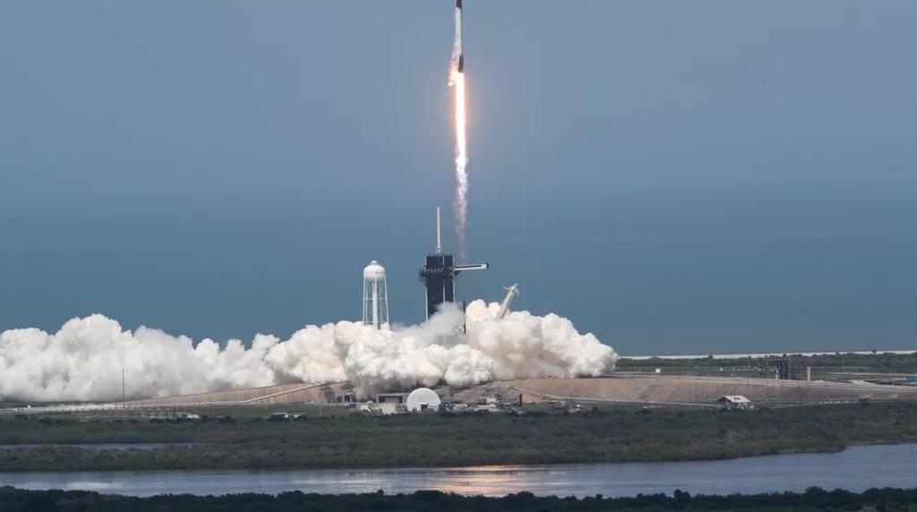Tàu con thoi của SpaceX đã nối Trạm vũ trụ quốc tế