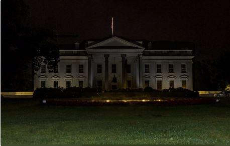Hầm trú ẩn bên dưới Nhà Trắng trông như thế nào?
