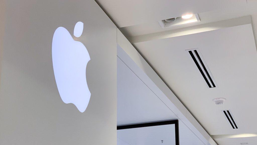 Các nhà phân tích dự đoán Apple sẽ đạt 2 nghỉ tỉ USD vốn hóa trong vòng 4 năm tới