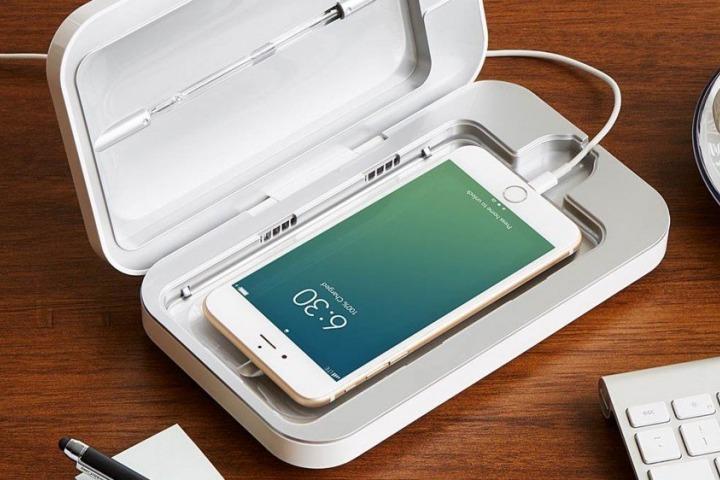 Máy khử trùng điện thoại bằng tia UV bán đầy rẫy trên mạng: Chúng hoạt động thế nào? Có nên mua không?
