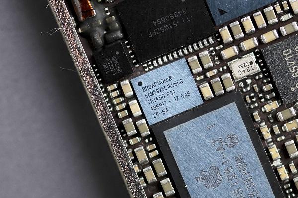 iPhone mới khả năng cao sẽ bị lùi ngày ra mắt vì... đối tác