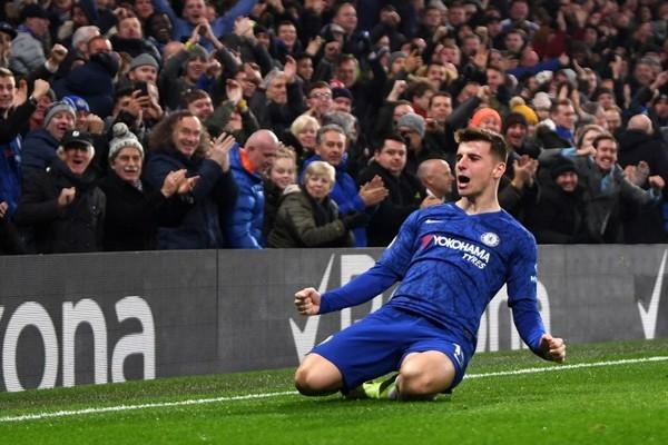 """Premier League mùa giải 2019/2020 sẽ trở lại với tiếng """"reo hò ảo"""" lấy từ FIFA Game"""