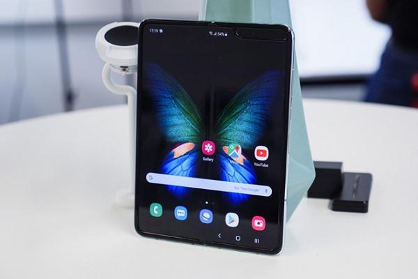 Samsung Galaxy Fold 2 sẽ không có bút S Pen